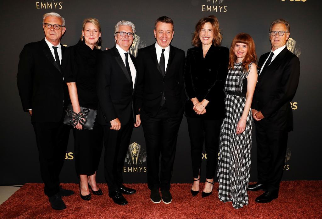 El equipo técnico de 'The Crown', en los Emmy