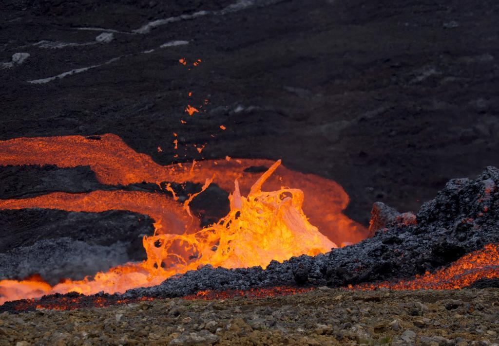 El volcán Fagradalsfjall, en Islandia, durante una erupción en el mes de septiembre