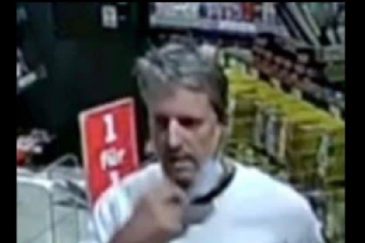 La policía distribuyó la foto del presunto asesino del empleado de la gasolinera que fue tiroteado cuando se negó a cobrar al cliente por no llevar la mascarilla, en Idar-Oberstein .