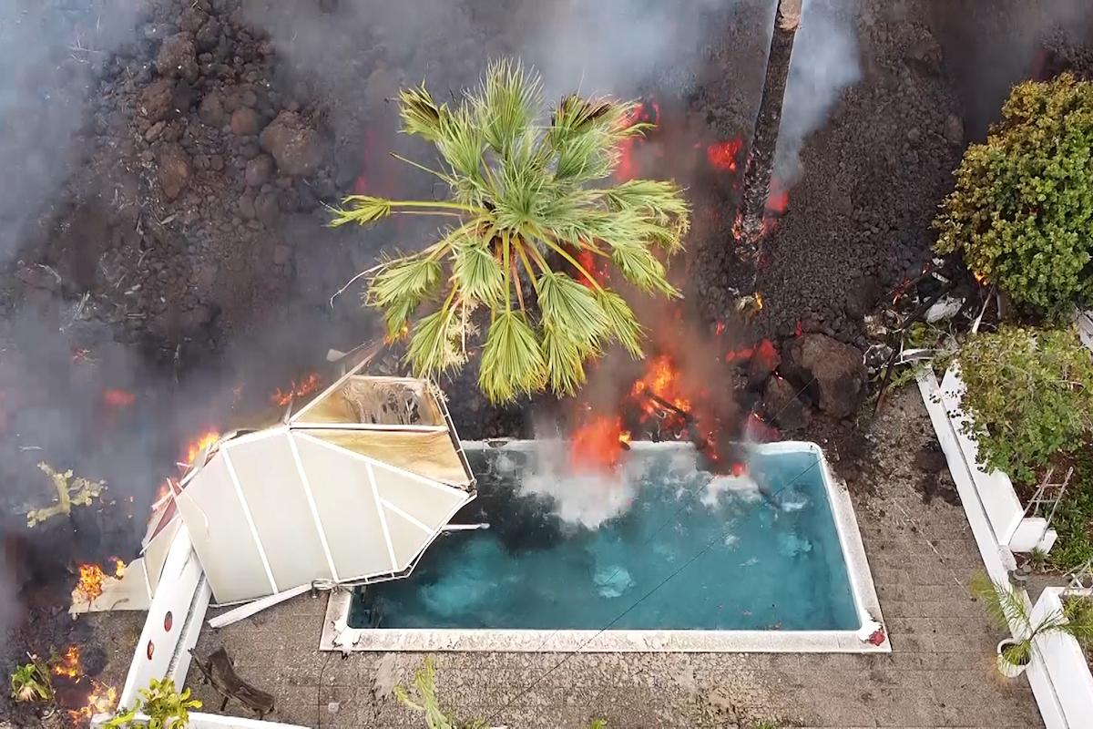Imagen aérea de la lava del volcán a 20 de septiembre de 2021 en La Palma