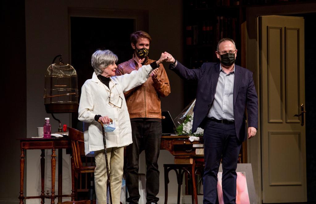 """Concha Velasco se despide del teatro en Logroño: """"Lo único que siento es no hacer 'La Habitación de María' más"""""""