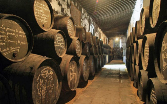 Interior de Bodegas Tío Pepe en Jerez de la Frontera.