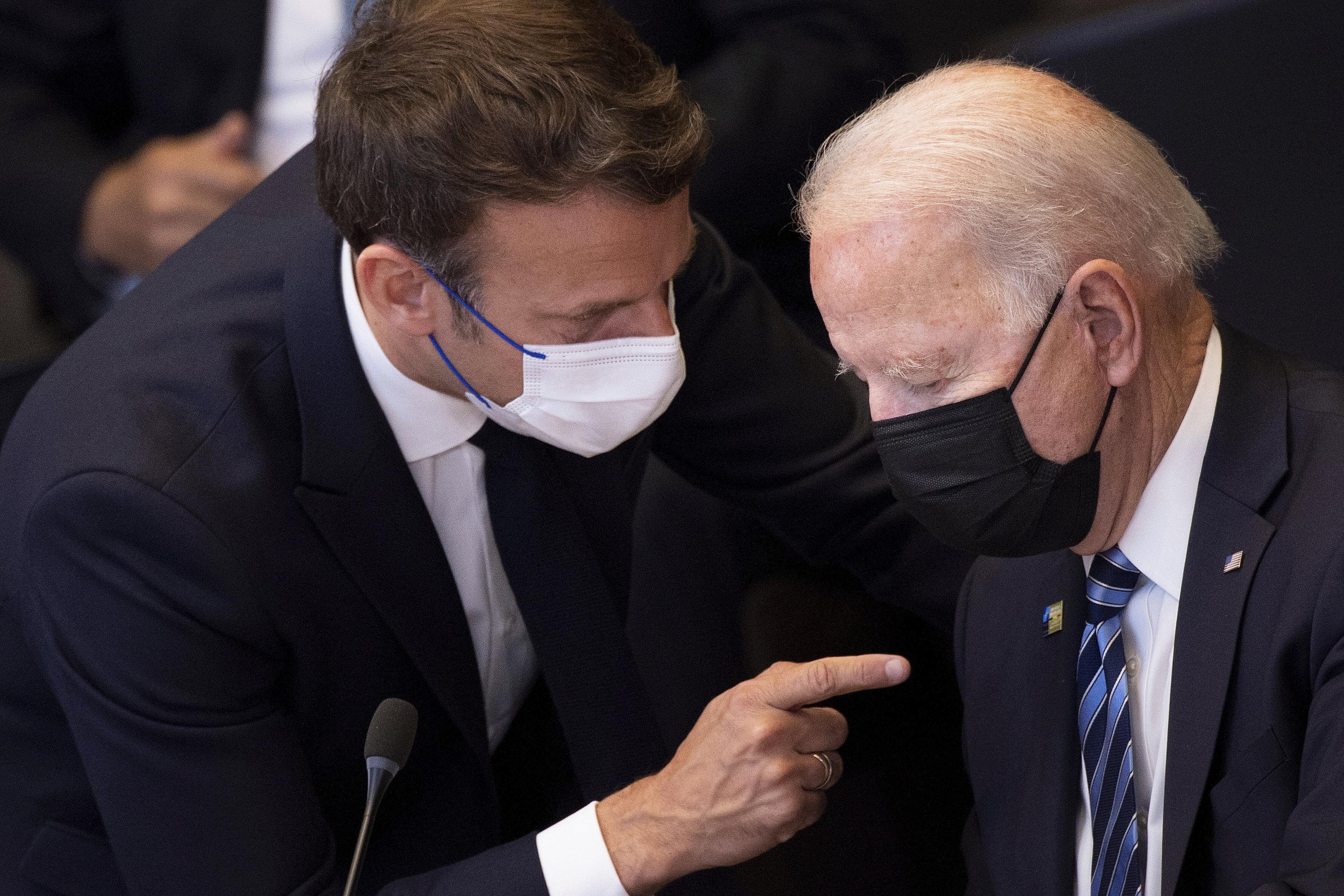 Macron y Biden, en una cumbre de la OTAN.