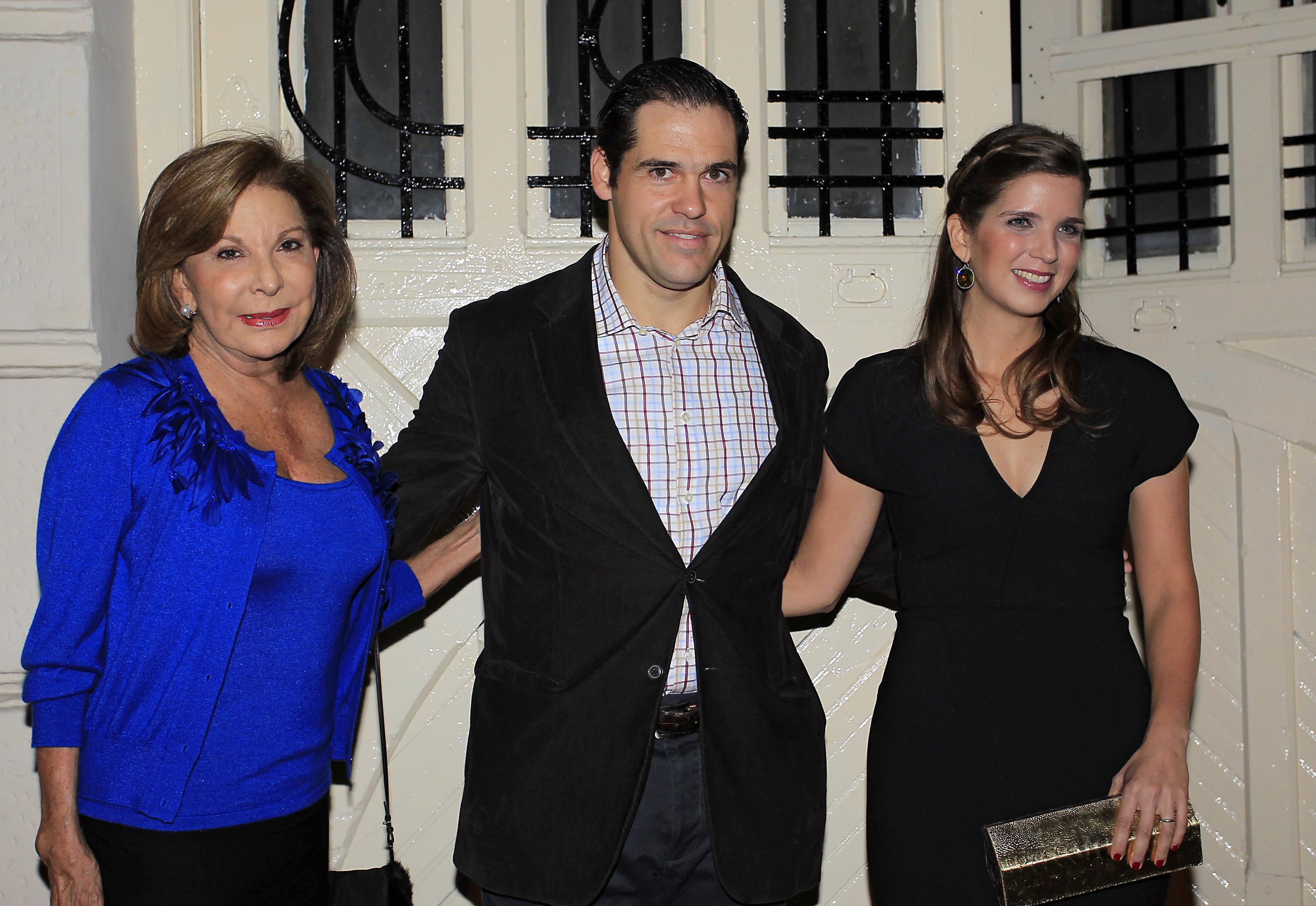 Santaella, Luis Alfonso de Borbón y Margarita Vargas.
