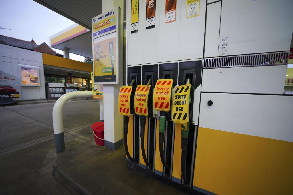 Una gasolinera en Liverpool cerrada debido a la falta de gasolina