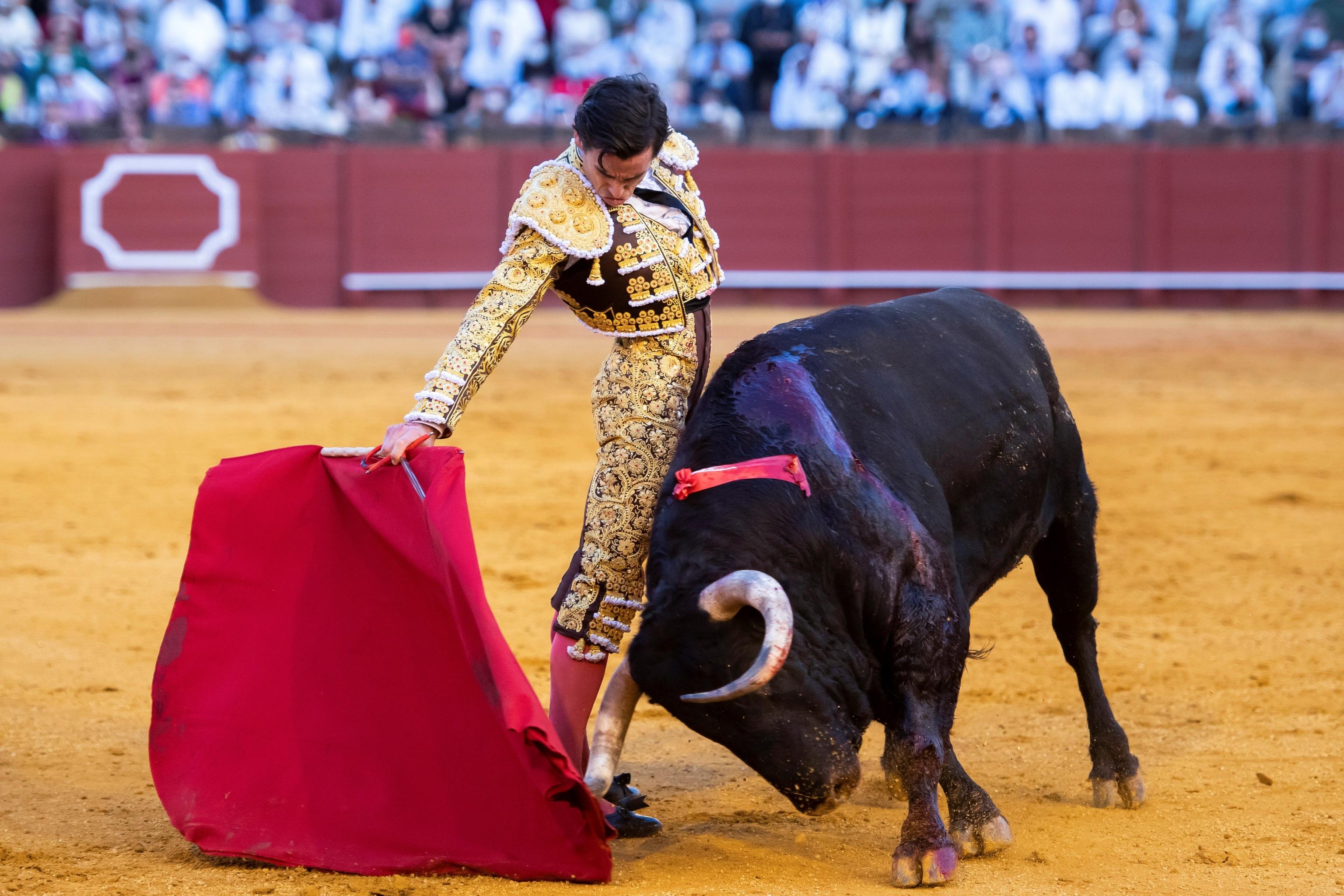 Juan Ortega envenena Sevilla