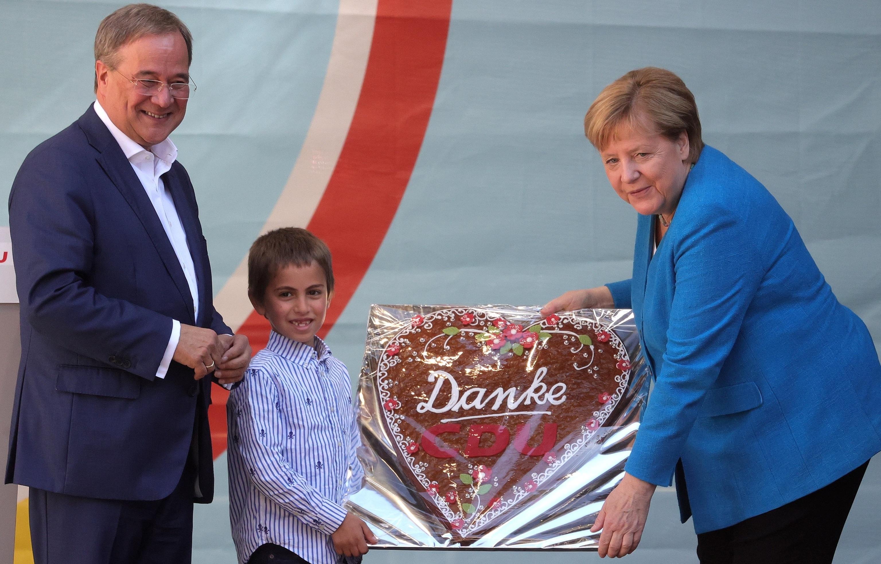 Angela Merkel con Armin Laschet durante la campaña.