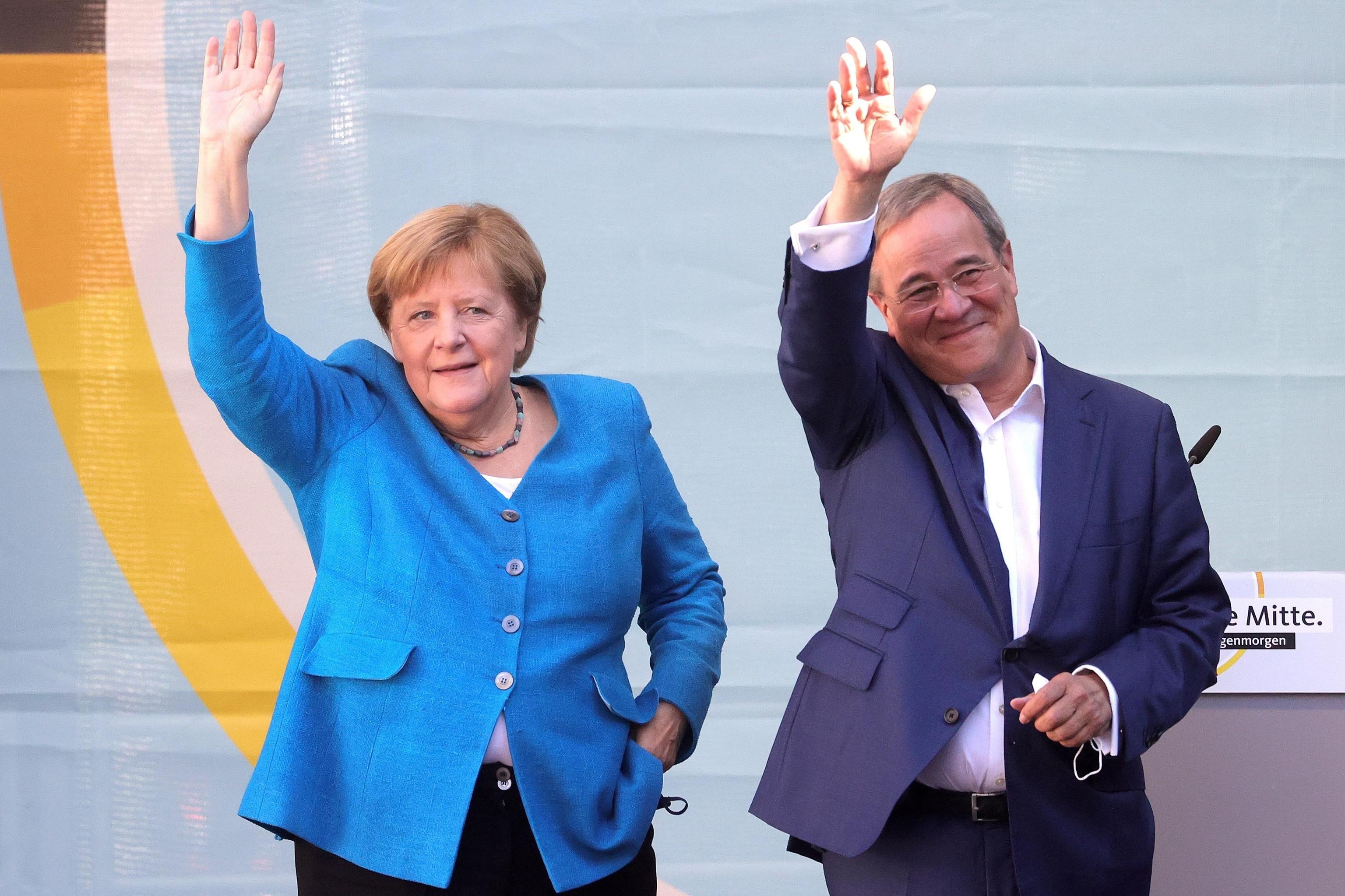 Angela Merkel y Amin Laschet.