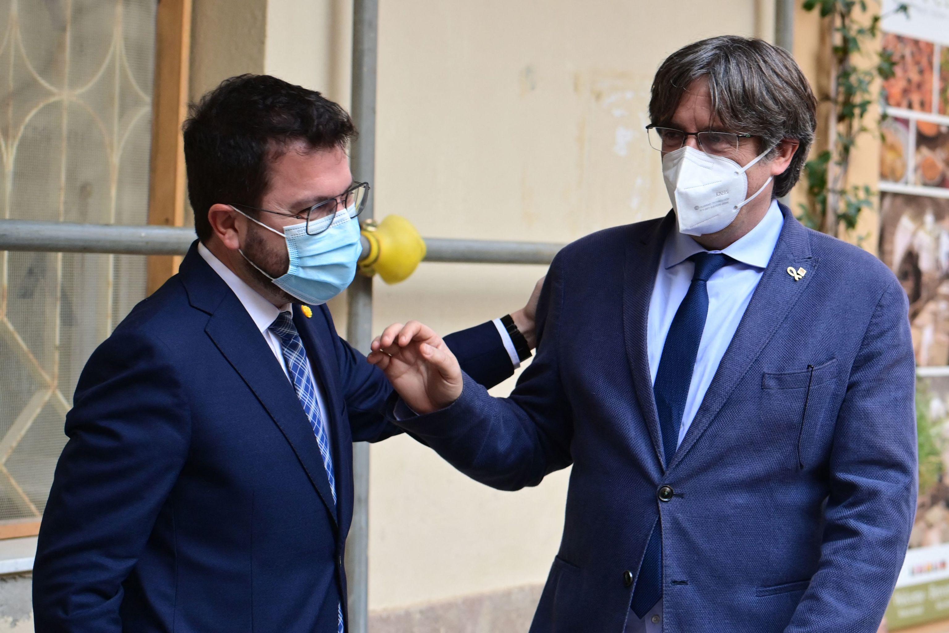Aragonès y Puigdemont, este sábado, juntos en Alguer (Italia).