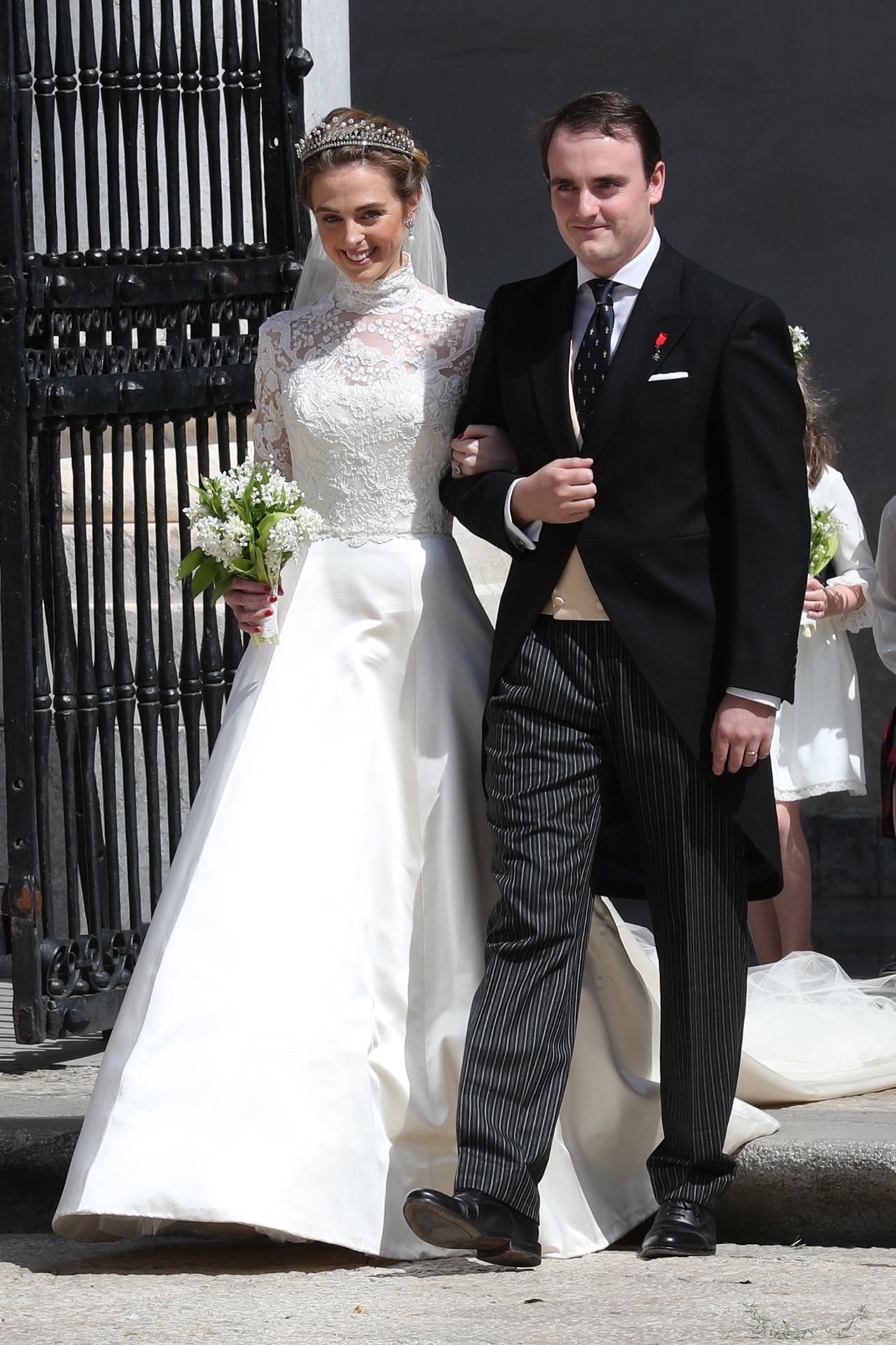 Charlotte Lindesay-Bethune y Jaime de Borbón, ya convertidos en marido y mujer.