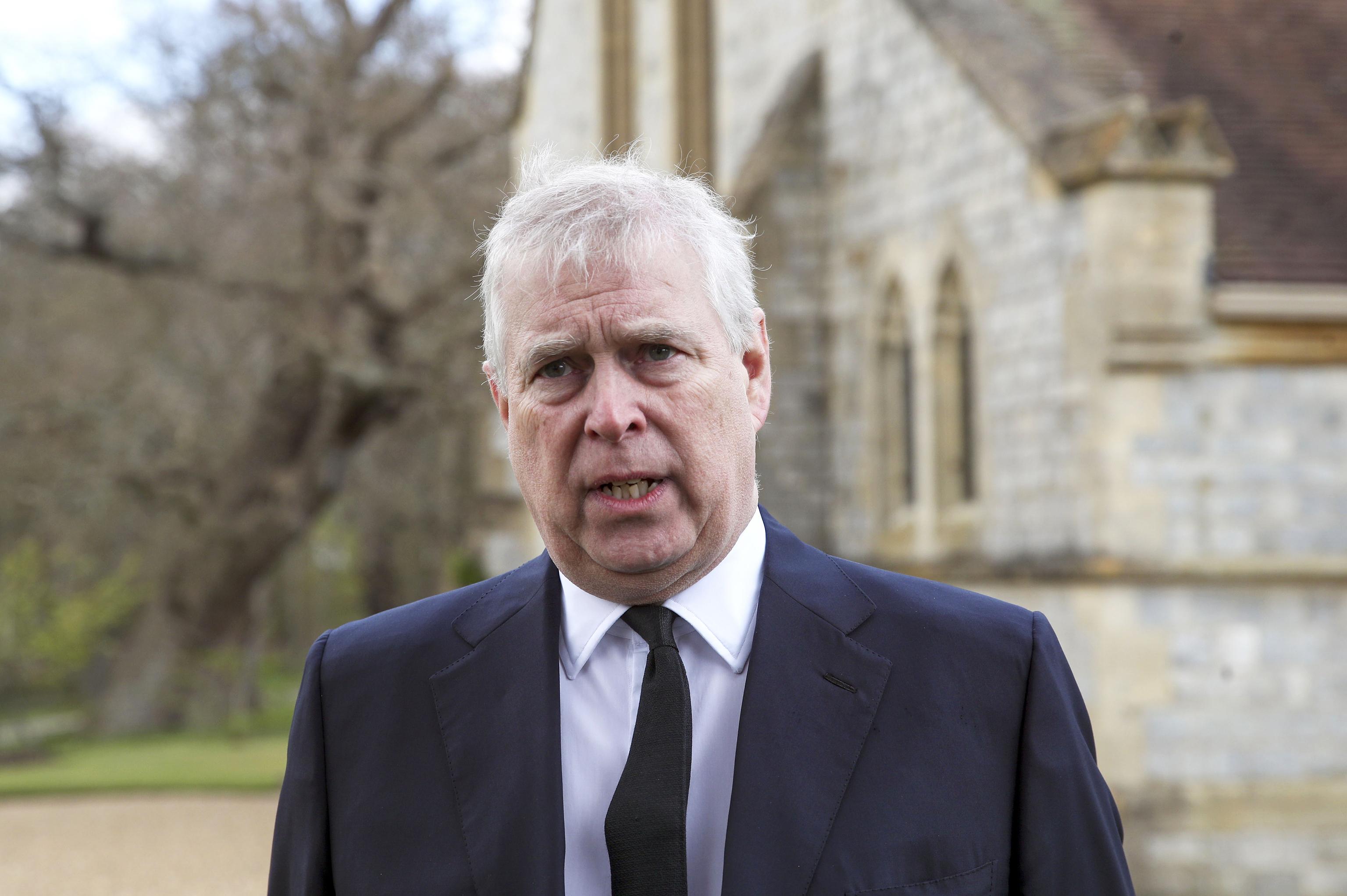 El príncipe Andrés, este 2021, en el funeral del Duque de Edimburgo.