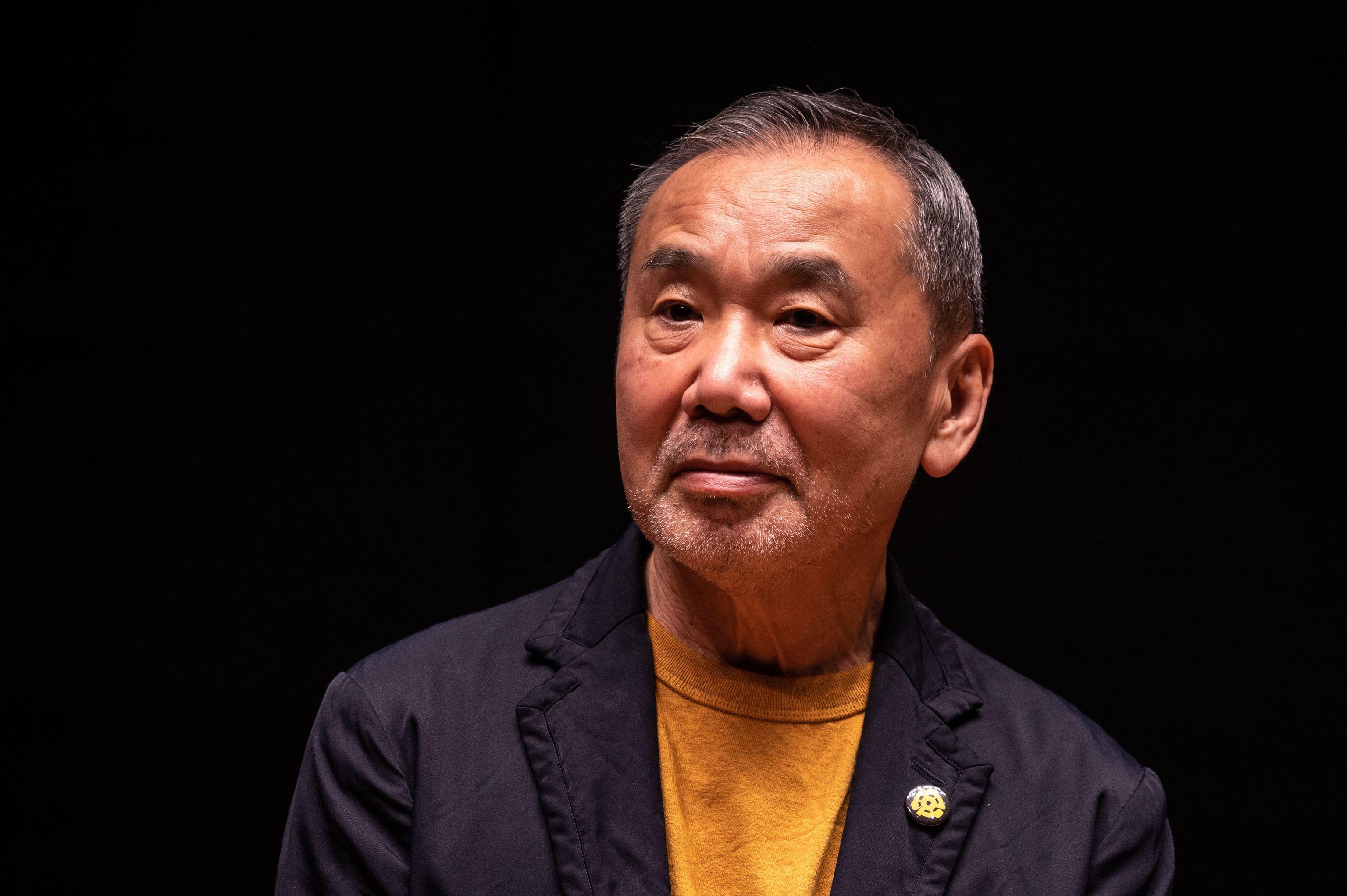 Haruki Murakami, en una rueda de prensa en Tokio, el pasa día 22.
