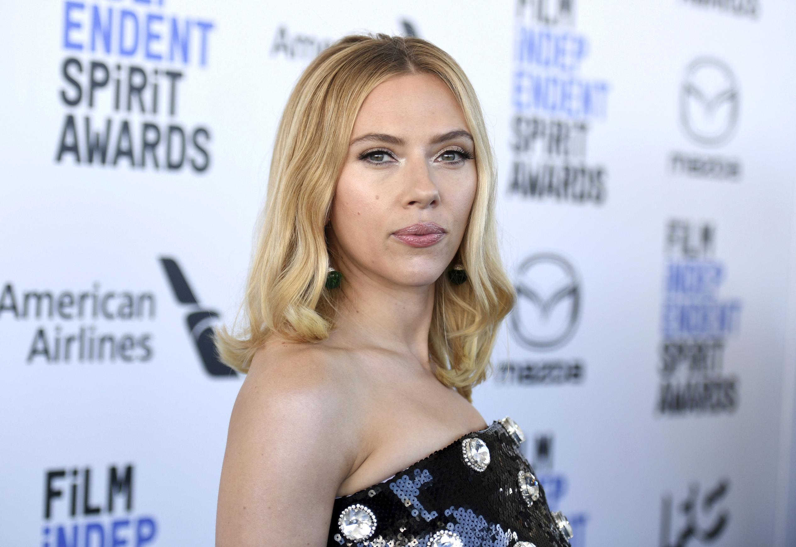 La actriz Scarlett Johansson, en una entrega de premios en 2020.