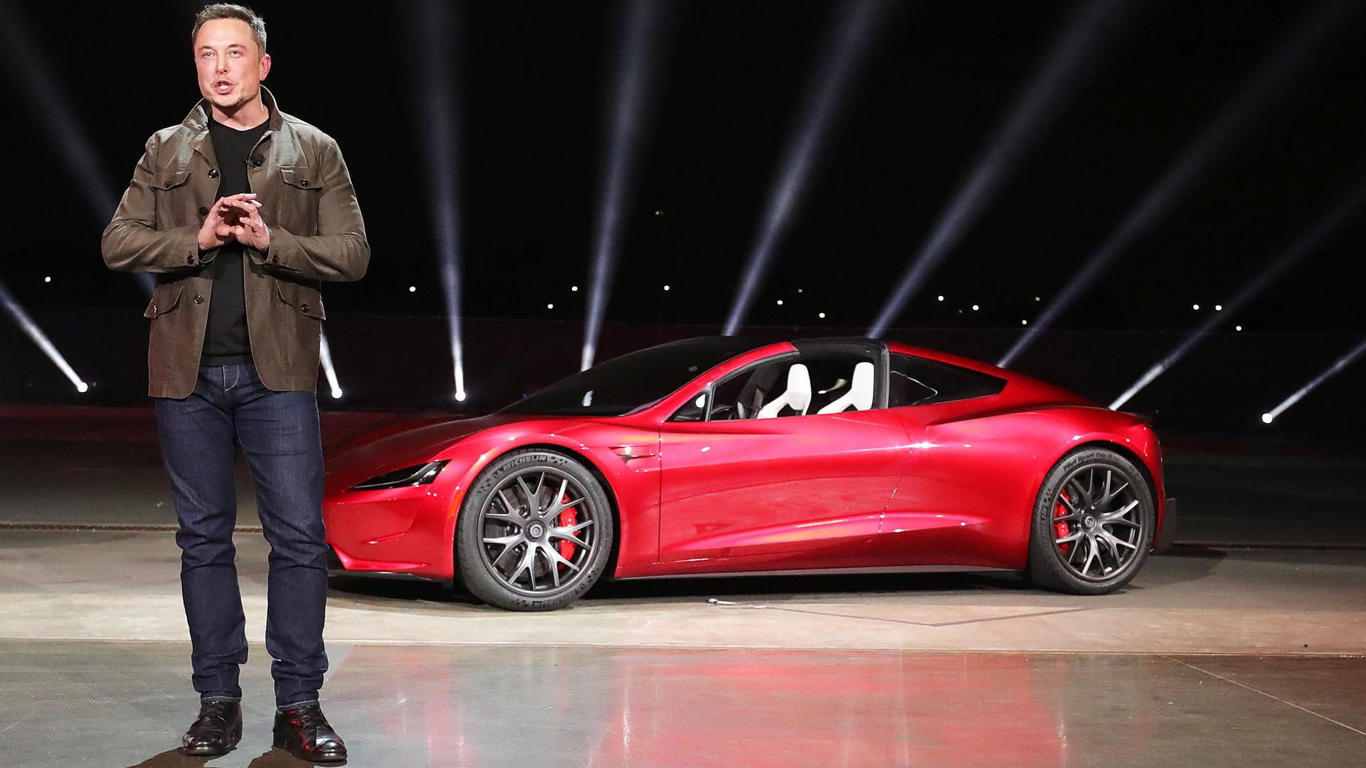 Tesla, condenada a pagar 137 millones de dólares a un ex empleado negro que sufrió racismo