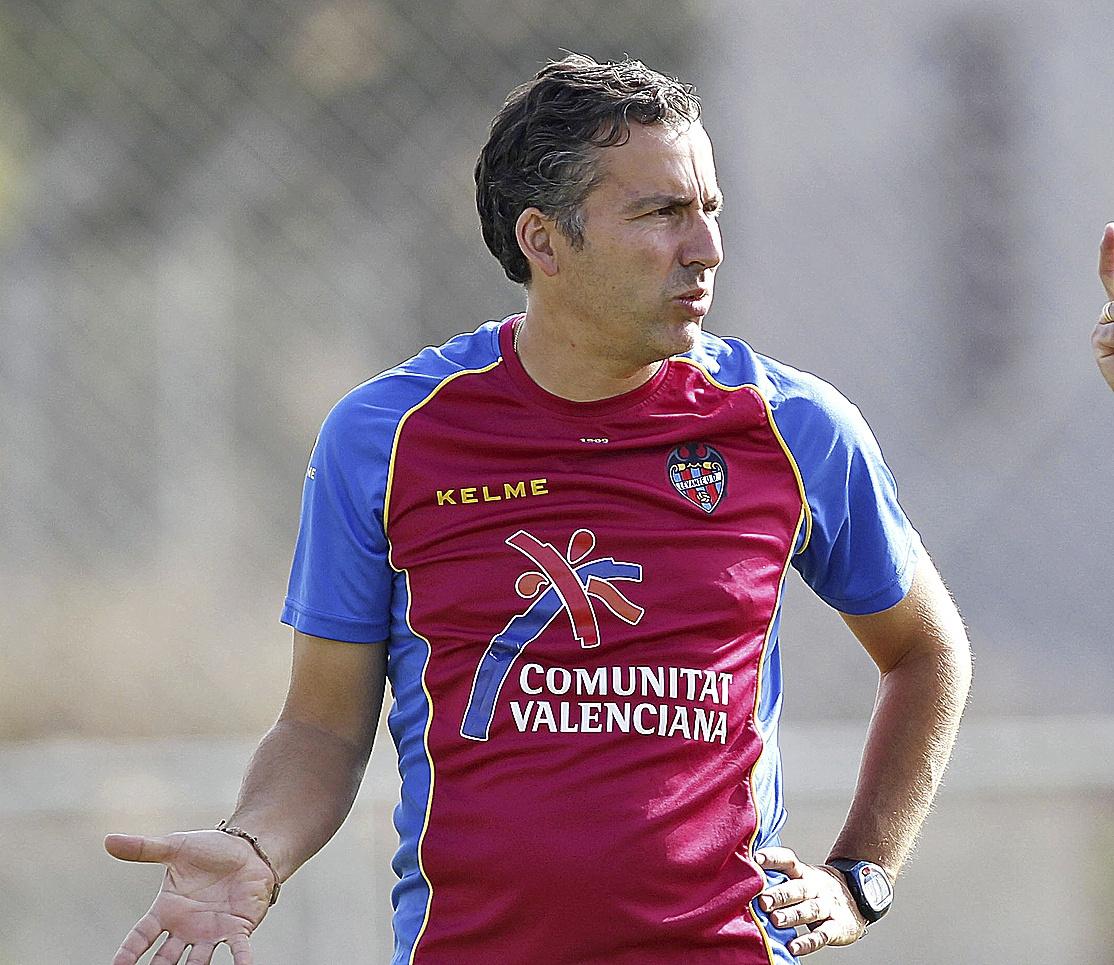 Javier Pereira, en su etapa en el Levante hace diez años.