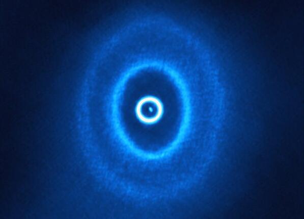 Los anillos polvorientos observados con ALMA.