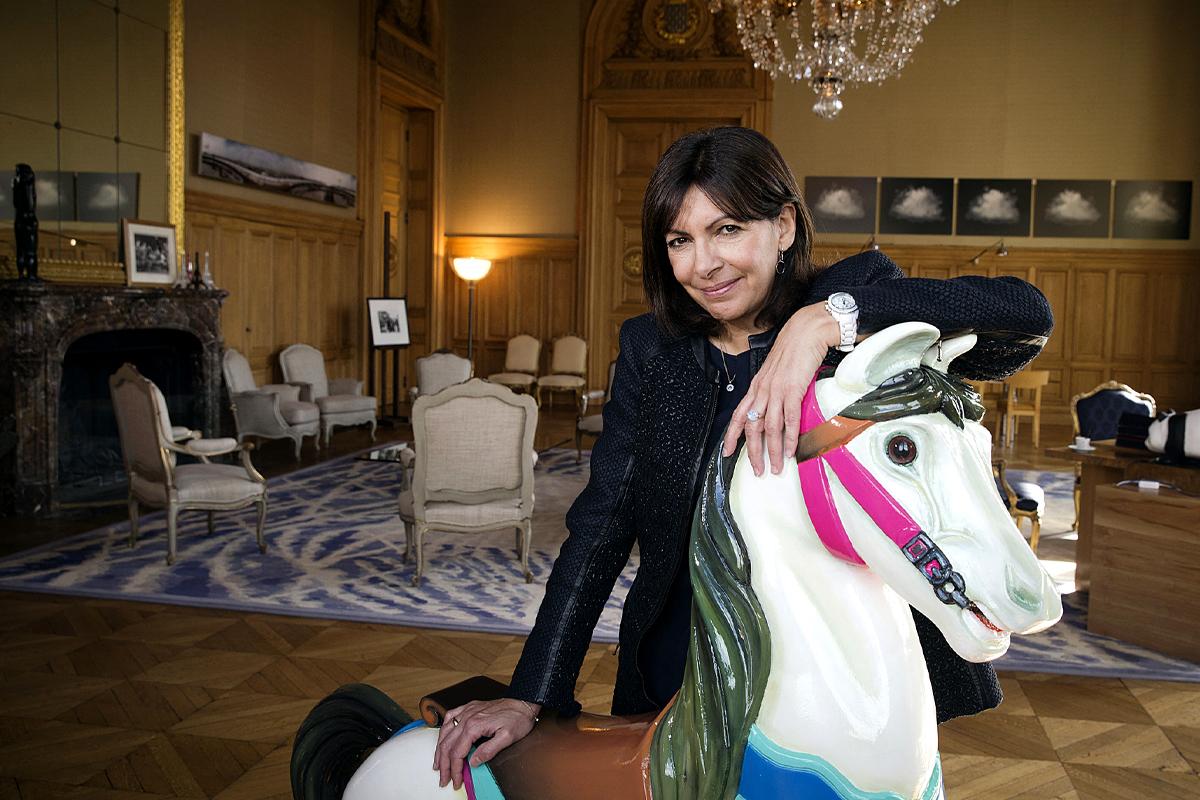 El tiovivo  de Anne Hidalgo, la candidata gaditana  de Francia