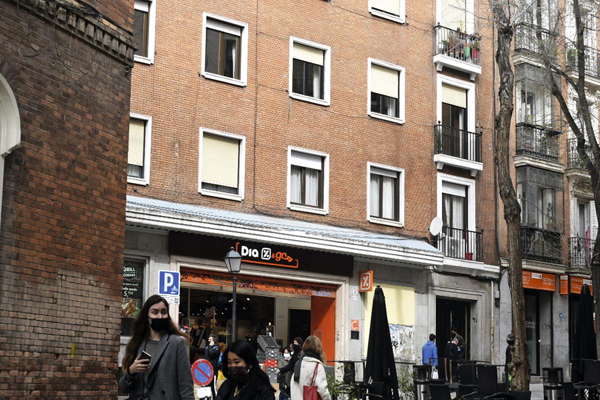El edificio que sustituyó al Teatro Cervantes, en la Corredera Baja de San Pablo.