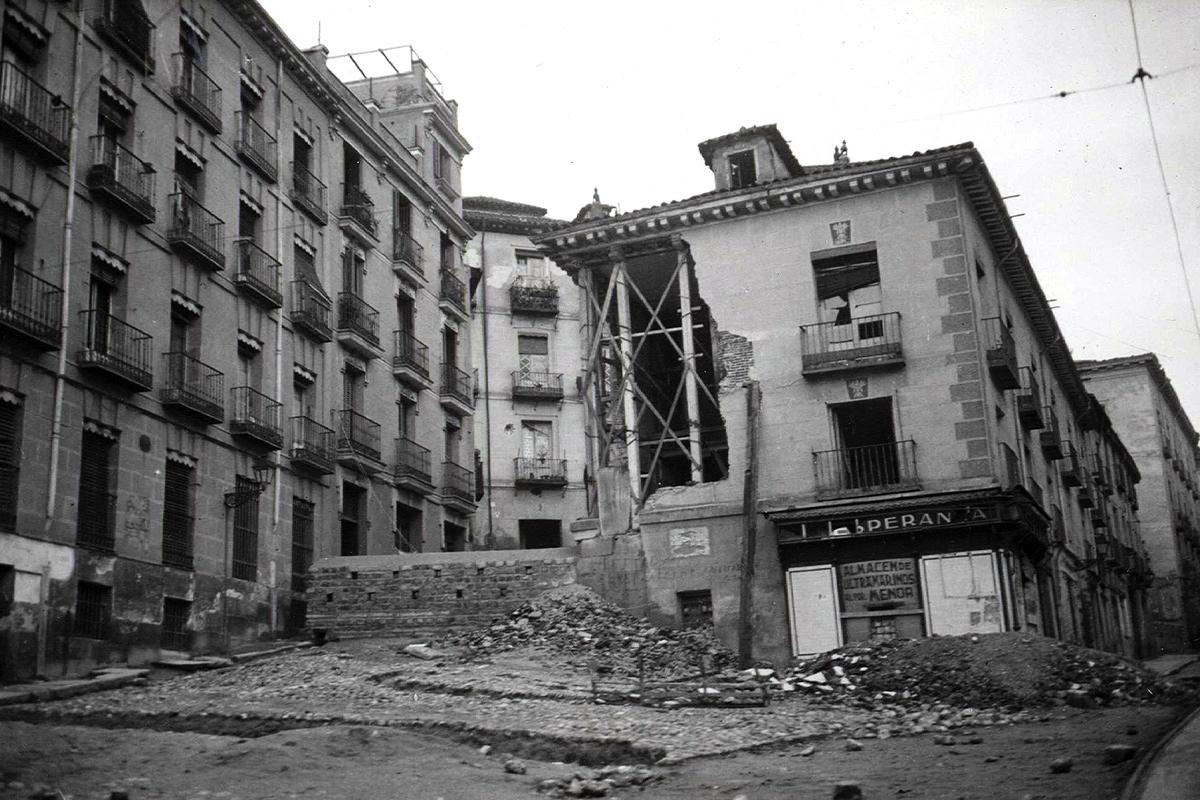 Edificio bombardeado.