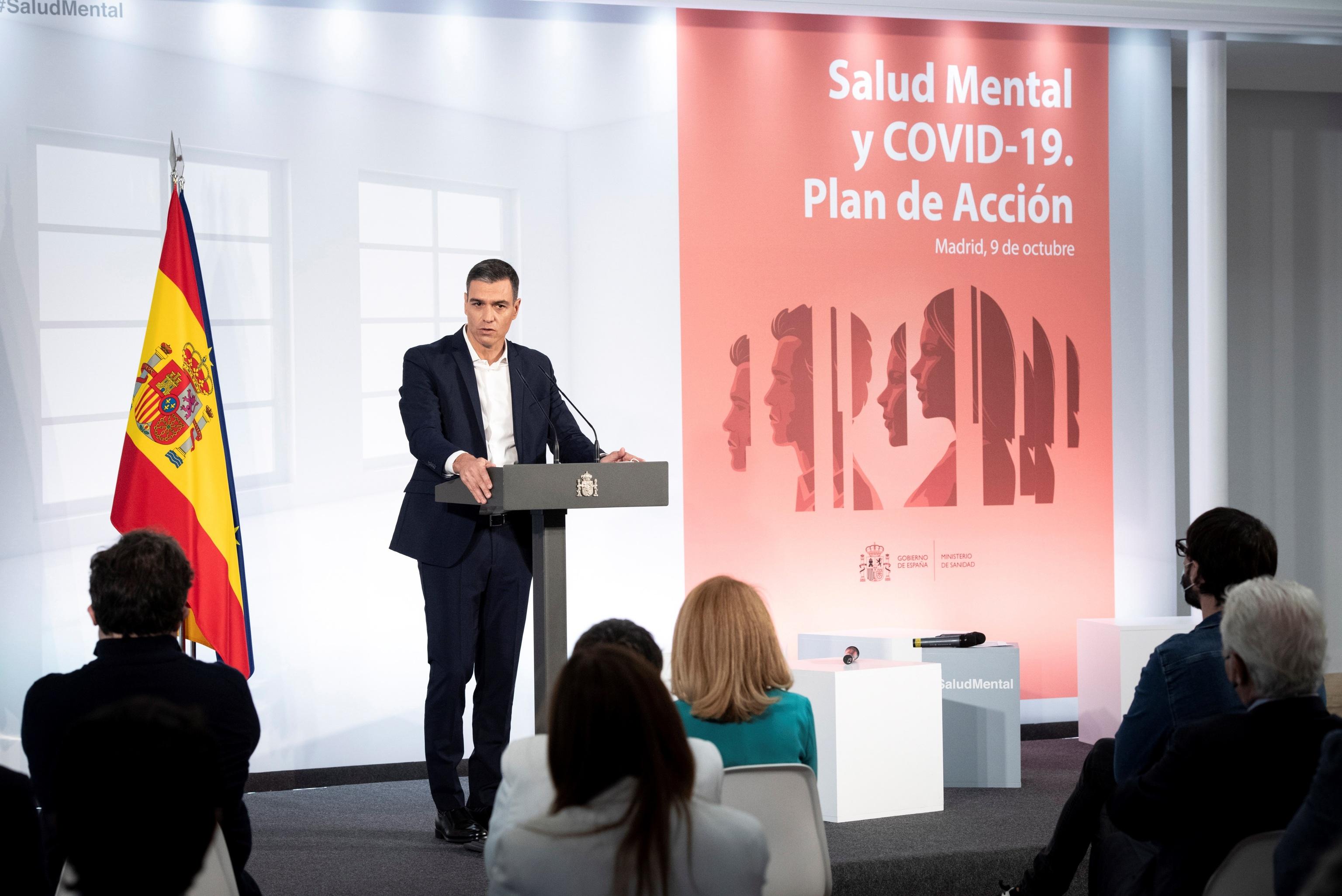 El presidente del Gobierno, Pedro   Sánchez, durante el anuncio del plan de acción sobre salud mental este sábado en Moncloa.