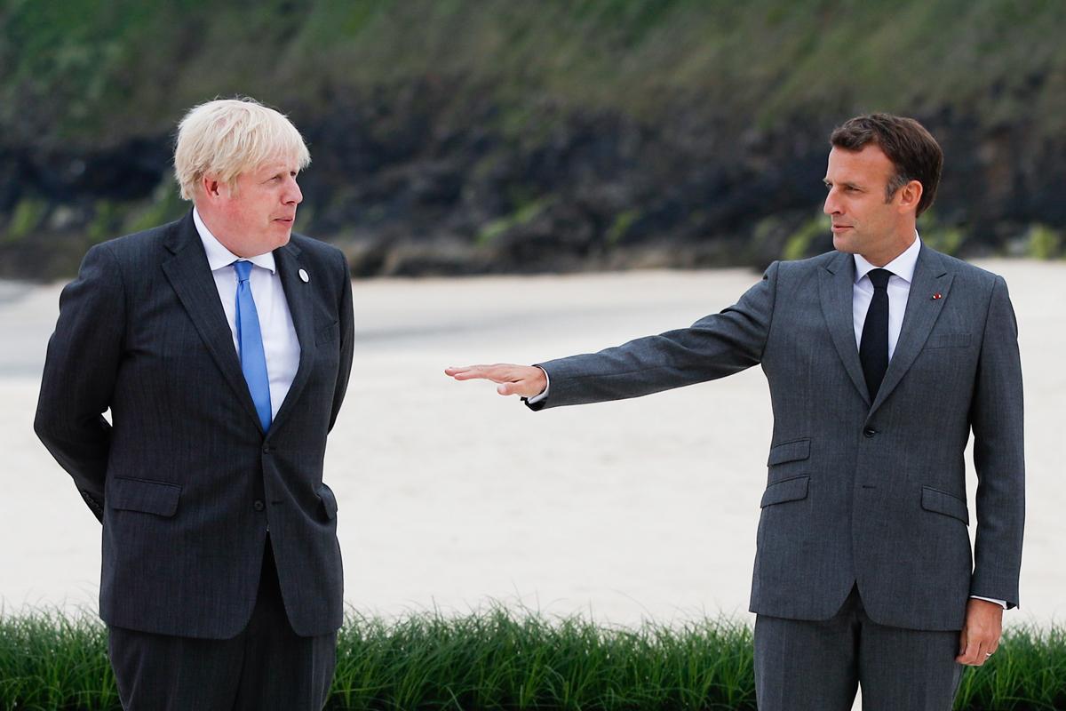 Jonson y Macron en la pasada cumbre del G7 en Cornualles.