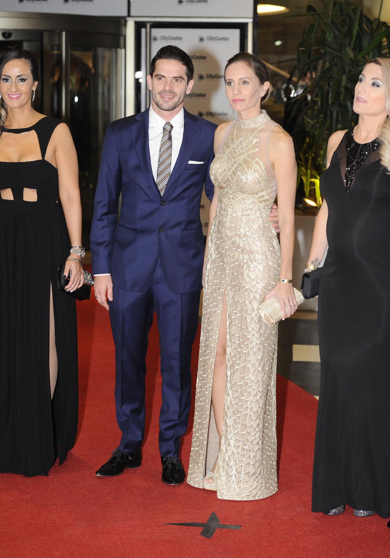 Fernando Gago y su ya ex mujer, la ex tenista Gisela Dulko, en la boda de Messi.