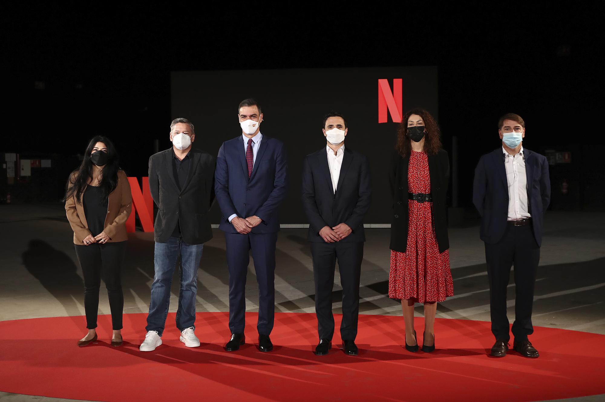 Pedro Sánchez en los estudios de Netflix en Tres Cantos.