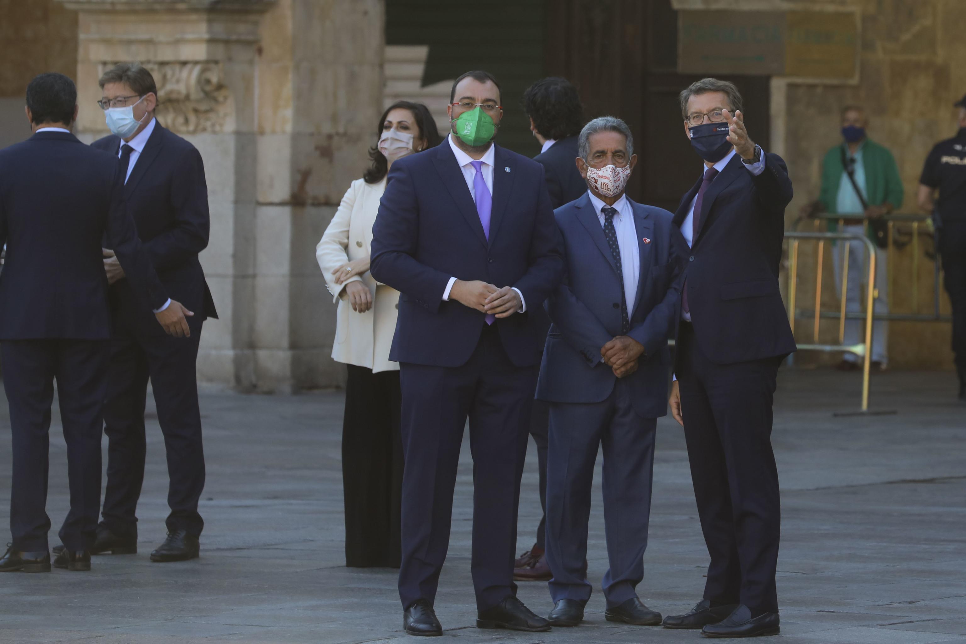 Feijóo, Barbón y Revilla en la Conferencia de Presidentes celebrada el pasado julio en Salamanca.