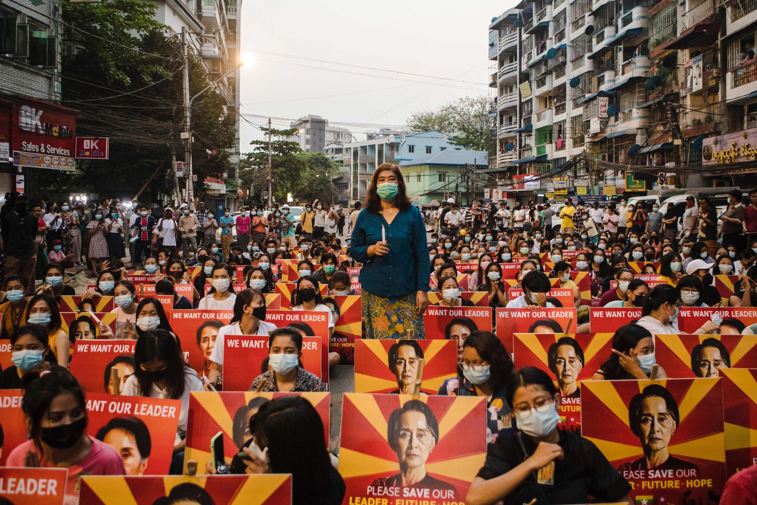 Manifestación contra el golpe militar en Rangún, el pasado marzo.