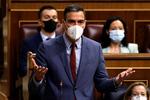 Dos tercios de los españoles no se creen las promesas del Gobierno con la luz