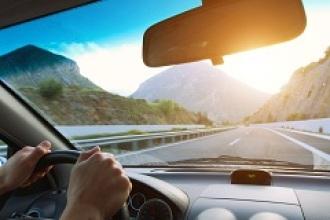 Lo que no puede faltar en tu coche cuando sales de viaje