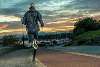¿Por qué deberías salir a correr a las 6 de la mañana?