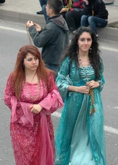 Mujeres kurdas en Diyarbakir. Foto: Ilya U. Topper