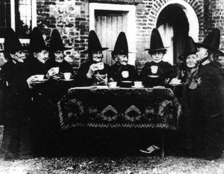Blog Pendulo Brujas