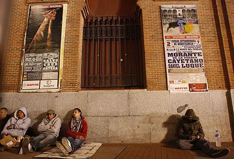 Colas ante las taquillas de Las Ventas. | Antonio Heredia