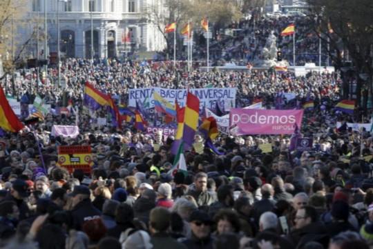 Imagen de la marcha del 31E convocada por Podemos. Alberto Di Lolli | EM