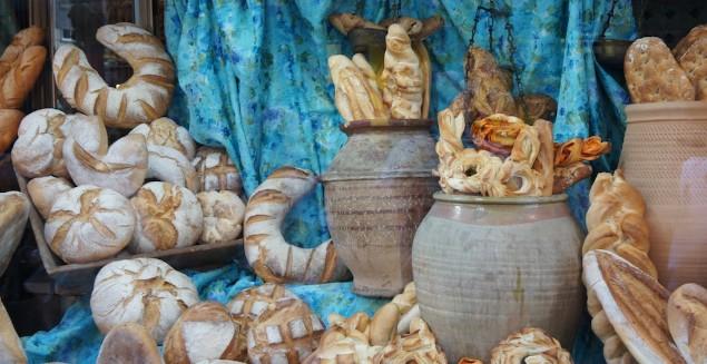 En los hornos tradicionales valencianos podemos encontrar un amplio surtido de panes