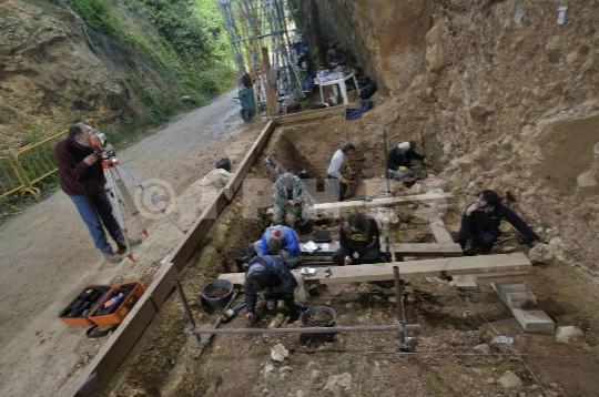 Excavación en la Sima del Elefante