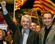 Maragall y Zapatero en el mitin del PSC en Barcelona. (AFP)