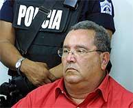 Arnoldo Alemán, mientras escucha la condena de la juez. (AFP)