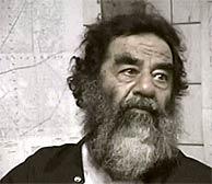 Sadam Husein, momentos después de ser detenido. (AP)