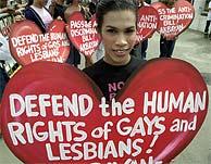 Manifestación en favor de los derechos de gays y lesbianas. (AP)