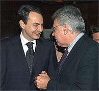 José Luis Rodríguez Zapatero y Felipe González, en el Club Siglo XXI. (EFE)