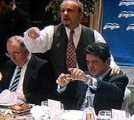 Federico Trillo en la cena. (Localia)