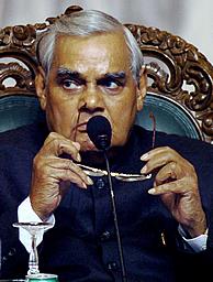 El primer ministro indio Atal Behari Vajpayee. (AFP)