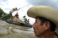 Centroamericanos cruzan la frontera para llegar a EEUU. (Omar Meza)