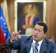 Hugo Chávez, durante su discurso televisado en el que ha reconocido la legalidad del referéndum en su contra. ( AFP)