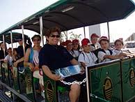 El recorrido en tren, una de las propuestas que más les divirtió. (V.H.)