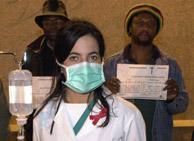 Los médicos tienen un alto riesgo de contagio. (IÑAKI ANDRÉS)