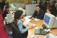 Crecen los españolas que subvencionan a las ONG. (Julio Carlos)